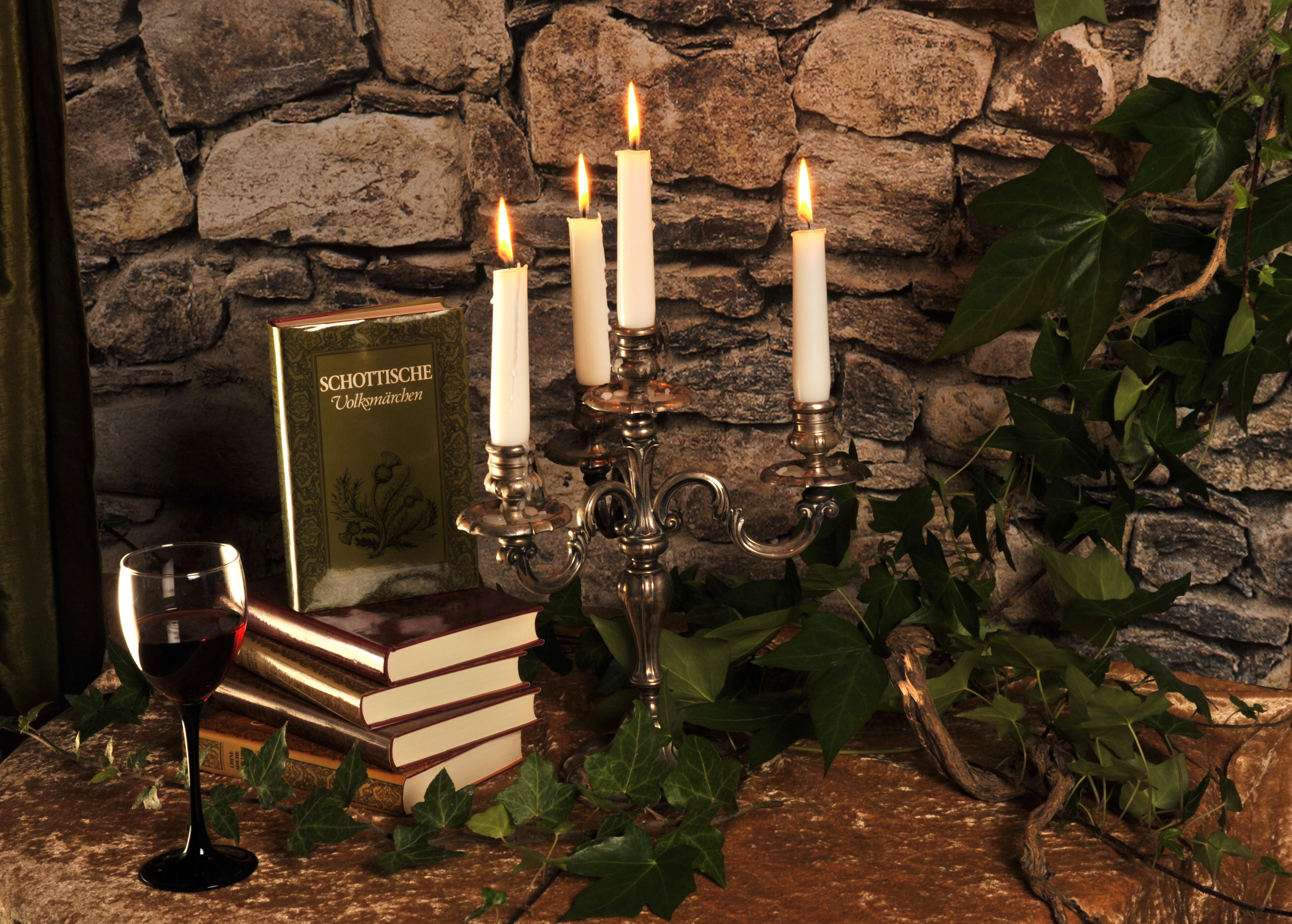 Kerze und Glas berbeitet